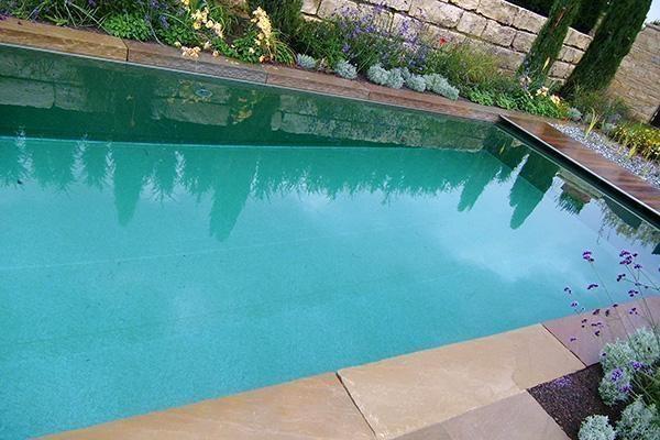 Schwimmbadbau für  Erlenbach